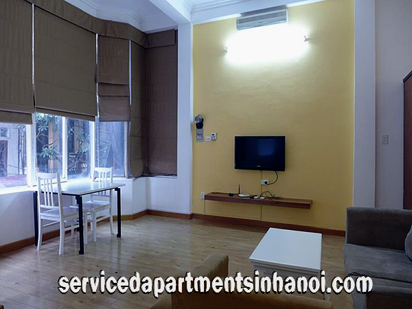 Nice studio apartment for rent in truc bach area ba dinh for Studio apartment area